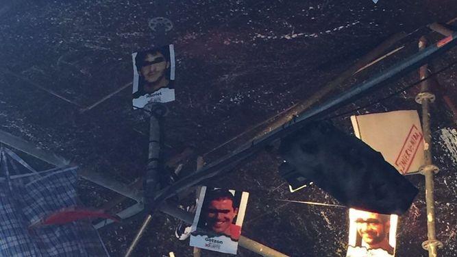 Imágenes de los presos políticos y exiliados en una txosna de Bilbao / Agencias
